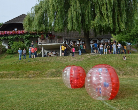 Bubble Soccer & Buschenschank Package